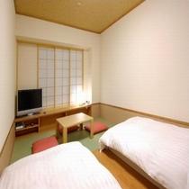 ◆【客室】『和風ツインルーム』 広さ22平米 ベッドサイズ横100cm×200cm