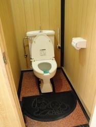 グランド洋式トイレ