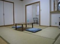 小部屋付和室