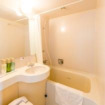 【お部屋】バスルームは清潔感を心がけています。