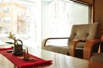 1階ロビー/雪景色を眺めて
