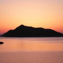 *【当館からの眺め】鹿島の夕暮れ。感動の美しさです☆