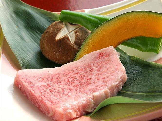 夕食 最高級仙台牛のサーロインステーキ