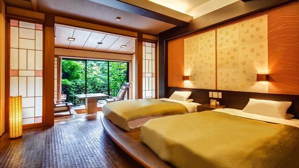 庭園露天風呂付和モダン客室(西館 / 洋室10畳+広縁4畳)