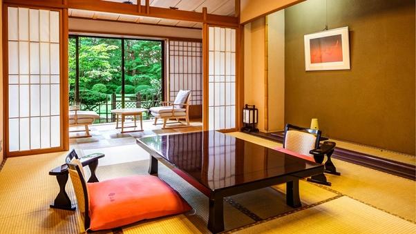 庭園露天風呂付和室「柏」(西館 / 10畳+広縁4畳)