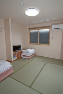 新館・二人部屋