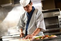 山形の新鮮な食材を使った大和屋ならではの極上の料理の数々を、長年の腕によりをかけご提供しております。