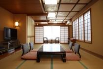 広々としたお部屋はファミリー・グループでのご宿泊に最適です!最大8名様まで利用することができます。