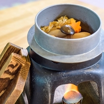 秋の定番「田舎煮」。ゴロゴロ野菜を濃いめの出汁で炊いた一品。体の内側から暖かくなります♪