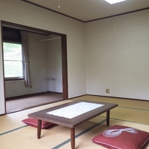 *【部屋】和室10畳/緑に囲まれたお部屋で、旅や仕事の疲れをリフレッシュ♪
