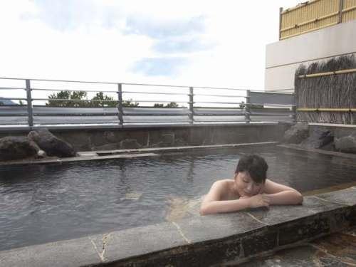 温泉 玄界灘を一望できる絶景の露天風呂