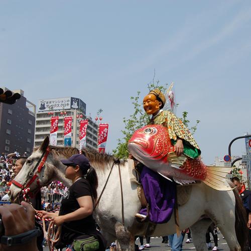 博多どんたく 毎年ゴールデンウィーク中に開催されています。