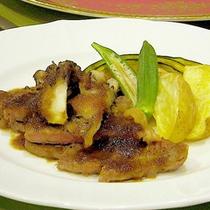 *夕食一例/牛肉のステーキ・自家菜園の野菜添え