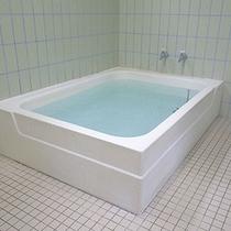 *家族風呂/井戸水を沸かした人口温泉。ミネラルたっぷり♪お肌しっとり♪