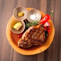 「GRILL DINING 薪火」炙り焼きステーキ