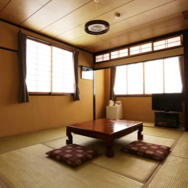 ☆客室_(201)10畳洗面台無 庭側
