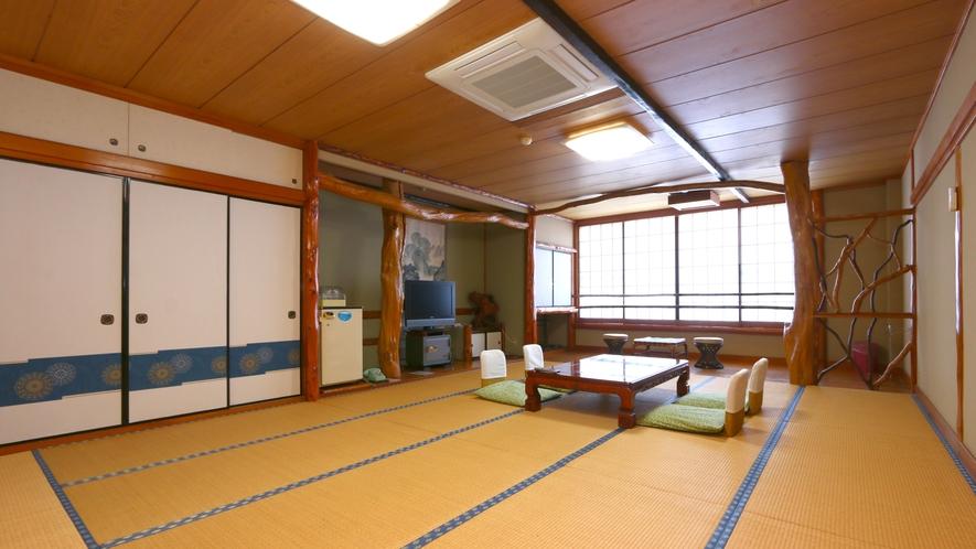 グループ和室◆17.5畳の広々としたお部屋は、ご家族やグループのお客様におすすめです