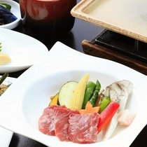 ■【ご夕食】山形牛陶板焼膳 ※イメージ