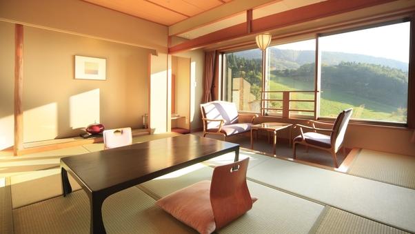 南館和室【10.5畳+広縁、自然を感じる全室南向き】