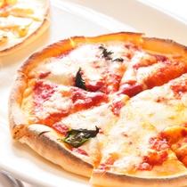 【夕食バイキング】焼きたてピザ