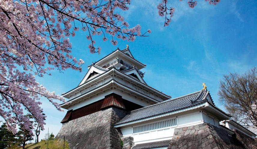 [上山城]最上氏の最南端の城。ホテルより車で約30分。