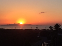 大島に沈む夕日