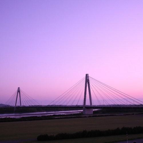 ■十勝中央大橋の夕暮れ