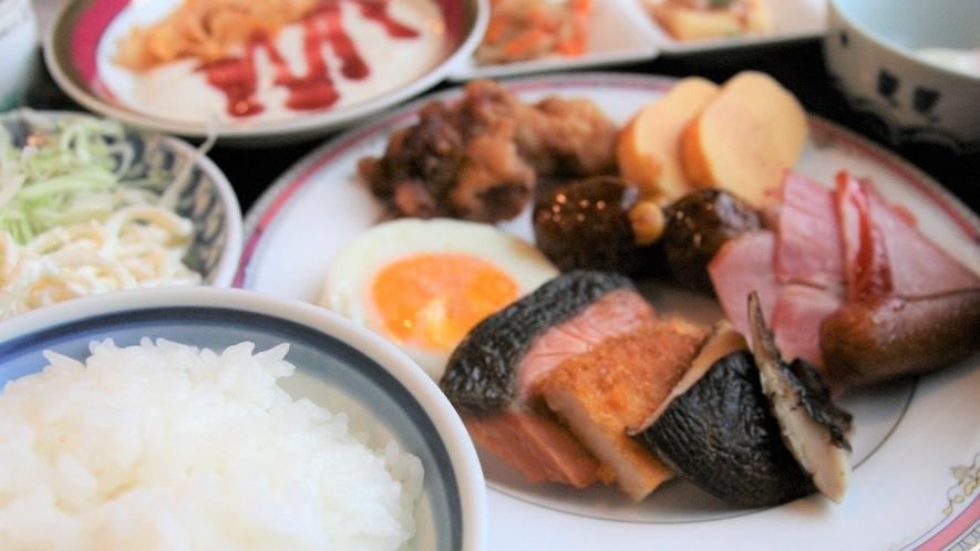 朝食盛り付け例③