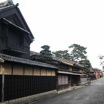 松阪城跡付近の町並み