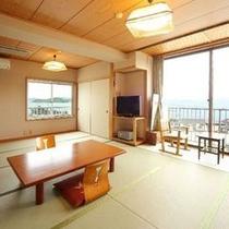 海に面した14畳のお部屋①