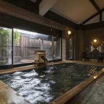 大浴場(男湯)つるつるすべすべお肌の源!これが卵水こと「御代の湯」