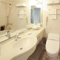 デラックスツインルーム(喫煙室/34平米)のバスルーム