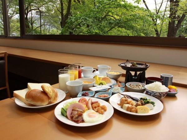 朝食 バイキング