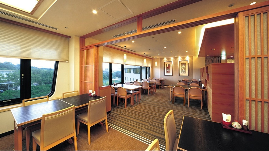 【車屋】和風割烹ならではの風趣と、秋田の味を生かした日本料理をご堪能下さいませ。