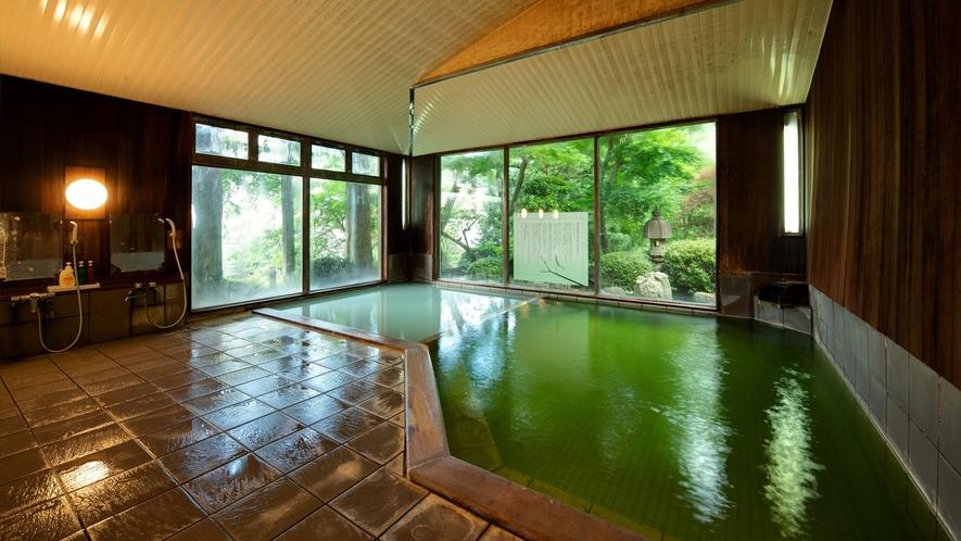 *大浴場/美肌の湯は、肌の角質を取ってくれるのでお肌がツルツルになります。