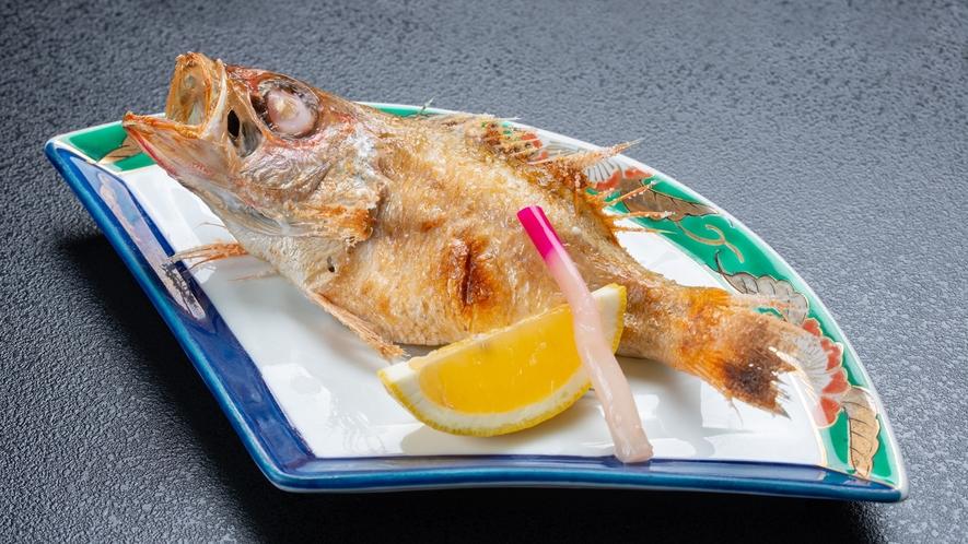*夕食一例/新潟を代表する高級魚、のどぐろを贅沢な塩焼きにしました♪是非ご賞味下さい。