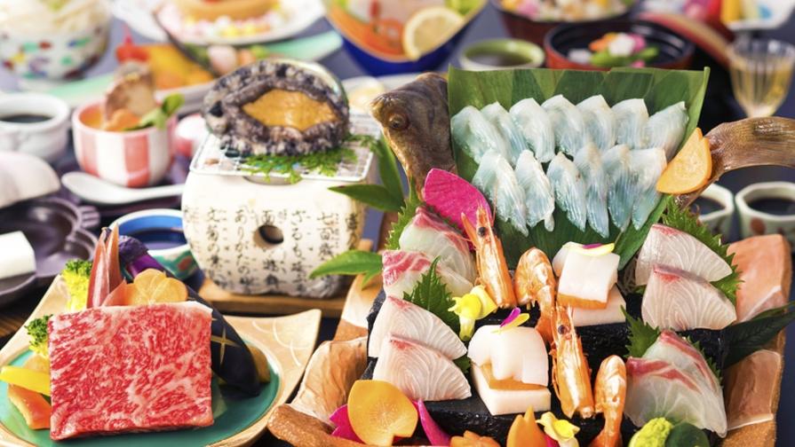 【個室食‐<旬宴>グレードUP会席】海の幸をたっぷりと!<季節の魚介造り&アワビ踊り焼き>