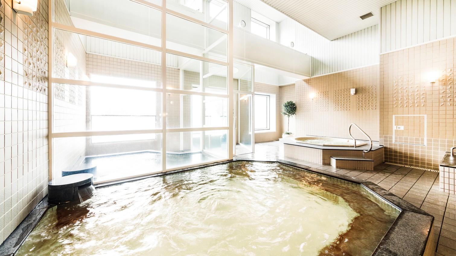 「阪神サウナ」主浴槽