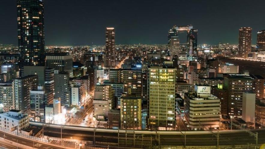 北側の客室からはスカイビルを中心とした大阪駅側の夜景がご覧いただけます☆