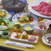 *【夕食全体例】信州の山菜や野菜を使用したボリューム満点の和食料理をご用意いたします。
