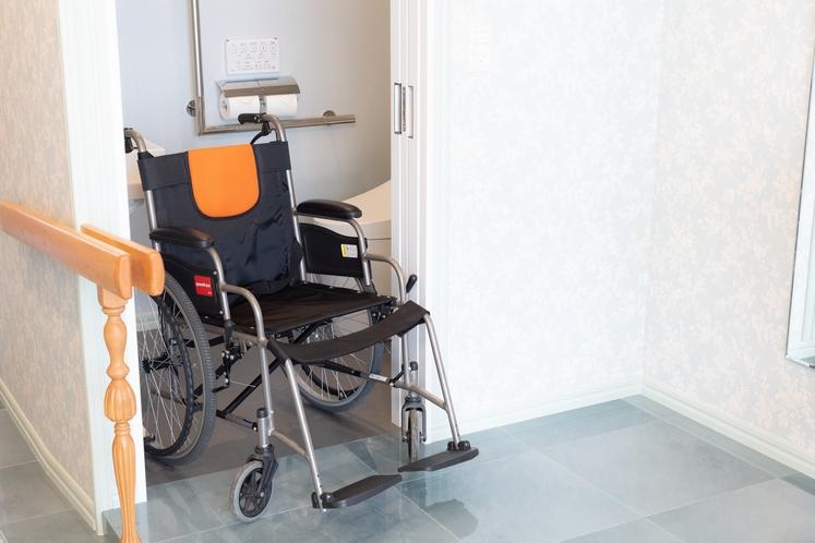 本館碧車椅子対応-3