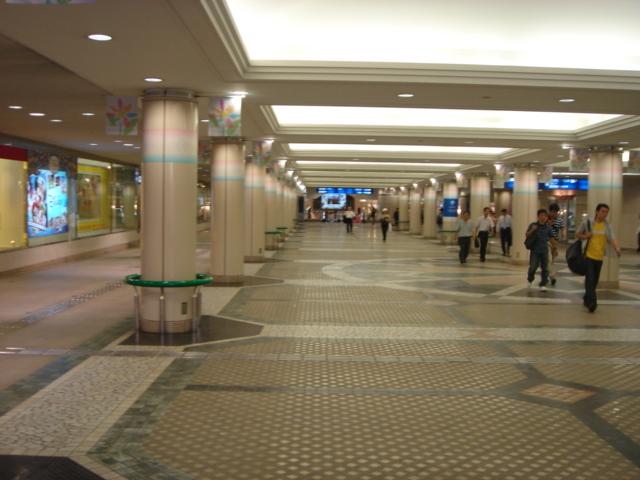 広島駅直結地下道