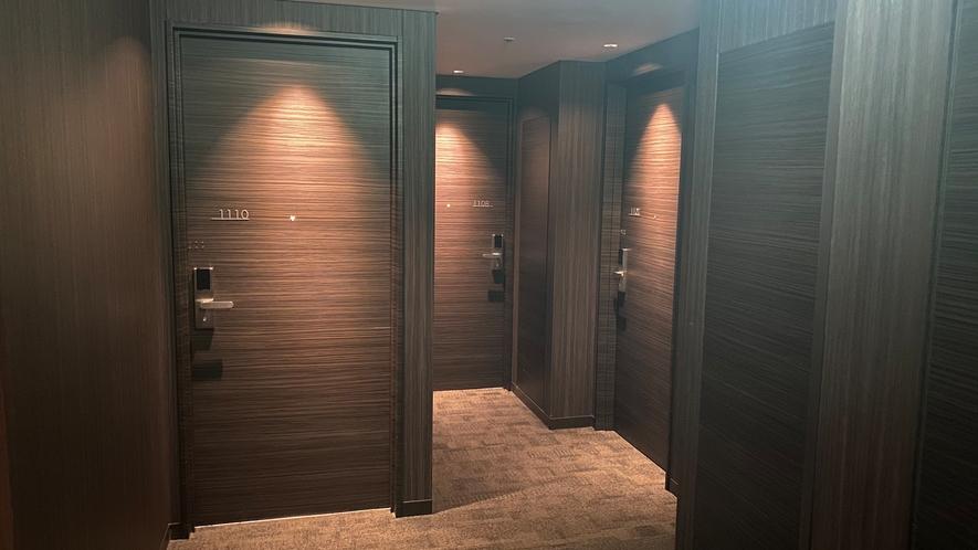 16-9 客室廊下 雰囲気