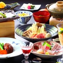 【「和風会席膳」一例】お食事処にて召し上がりいただきます。