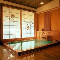 【貸切展望露天風呂「こづちの湯」】貸切風呂は全部で4つ。有料、予約制(先着順)となっております。