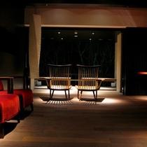 ■月見台ラウンジ■温泉を楽しんでいただいた後や、夜のひと時を過ごしていただける寛ぎの空間です。