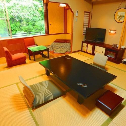 ■本館川側和室■四万川に面した寛ぎの和室です。※客室により間取りが一部異なります。