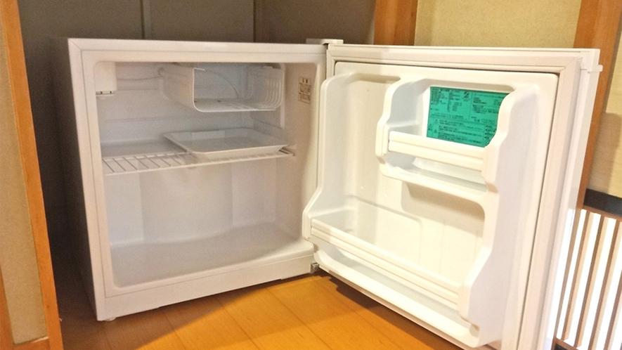 【客室冷蔵庫】スイッチを入れてご使用ください。