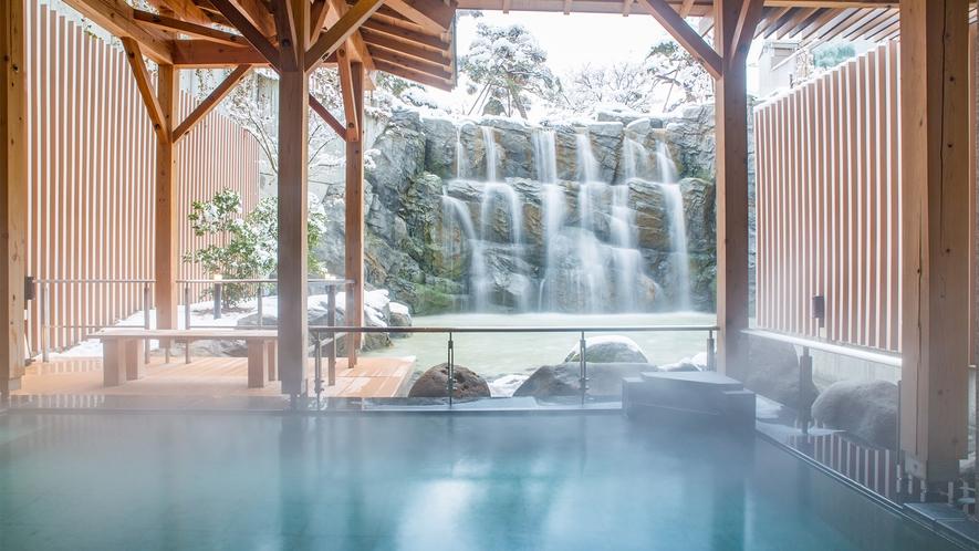 【大浴場】<冬季限定>雪見露天風呂 ※写真は男湯