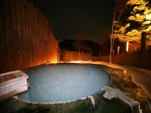 露天風呂 夜